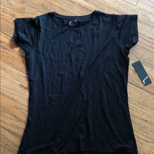 Woman's t shirt gnw size large black new